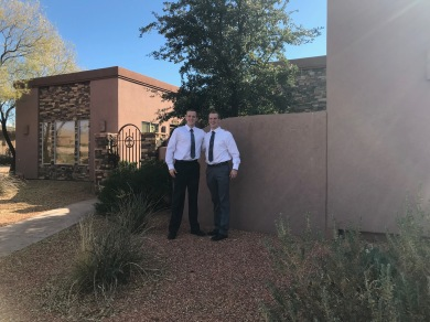 Look who was in St. George for Thanksgiving and found our home! The Jackson Twins!