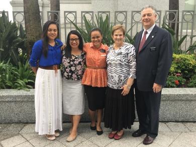 Sisters: Shan, Roberts, Tarati