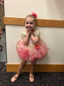 Halle 3 ~ Dance Recital